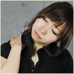眼瞼下垂(がんけんかすい)が肩こりや腰痛などの原因に